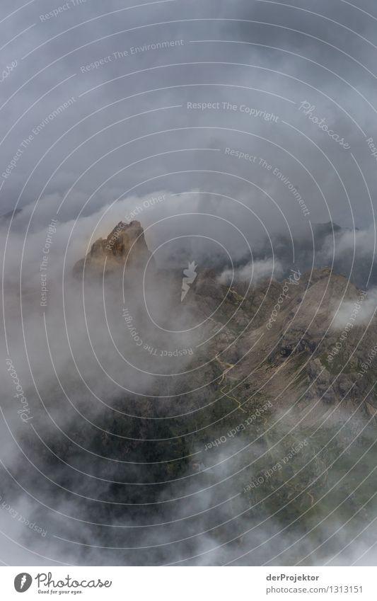 Das Ziel und den Weg kann man schon sehen. Ferien & Urlaub & Reisen Tourismus Ausflug Abenteuer Ferne Freiheit Berge u. Gebirge wandern Umwelt Natur Landschaft