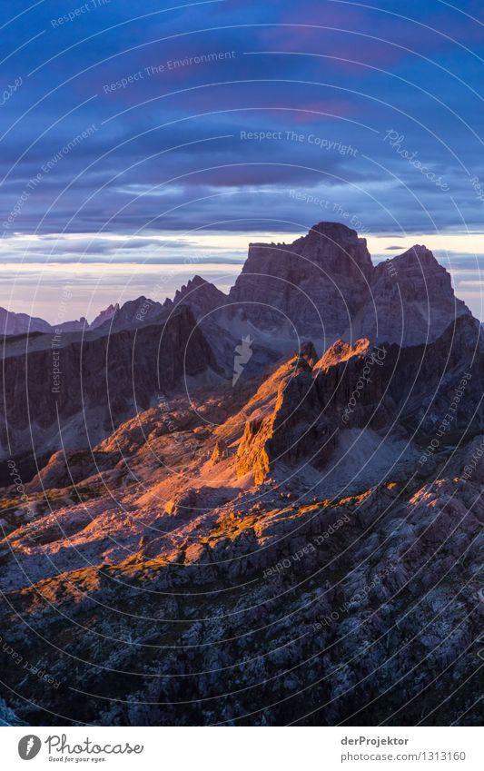 Lichtblick in den Dolomiten Natur Ferien & Urlaub & Reisen Pflanze Sommer Landschaft Ferne Berge u. Gebirge Umwelt Gefühle Freiheit Felsen Tourismus Ausflug