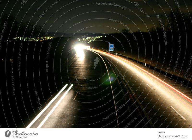 sauerlandlinie bei nacht 5 Autobahn Nacht Langzeitbelichtung Licht Geschwindigkeit Verkehr
