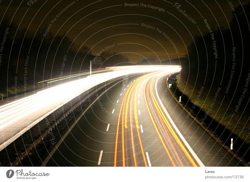sauerlandlinie bei nacht 1 Autobahn Nacht Langzeitbelichtung Licht Geschwindigkeit Verkehr