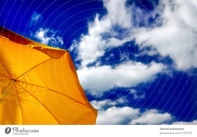 langfristige Wetteraussichten Sommer Sonnenschirm Wolken Licht schön Physik Hintergrundbild blau Pause Freizeit & Hobby Ferien & Urlaub & Reisen Café gelb weiß