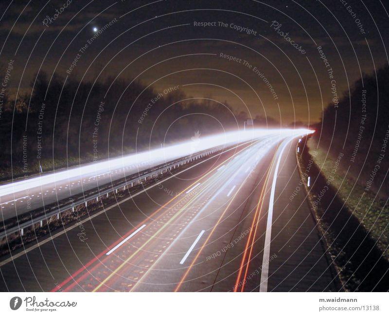 A45, bei Nacht, 2 Langzeitbelichtung Autobahn Geschwindigkeit Licht Verkehr Dynamik