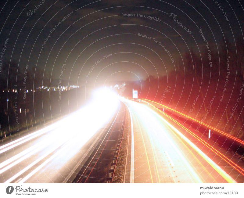 A45, bei Nacht Langzeitbelichtung Autobahn Geschwindigkeit Licht Verkehr Dynamik