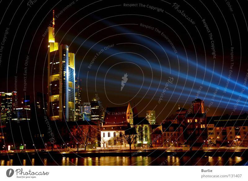 Luminale 2008 in Frankfurt Frankfurt am Main Nacht glänzend Langzeitbelichtung Skyline Licht Farbe Lampe Scheinwerfer