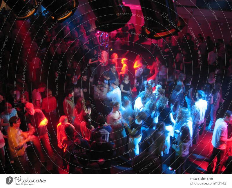 feiern im sauerland 1 mehrfarbig Menschengruppe Lampe Tanzen Feste & Feiern Jugendliche Musik
