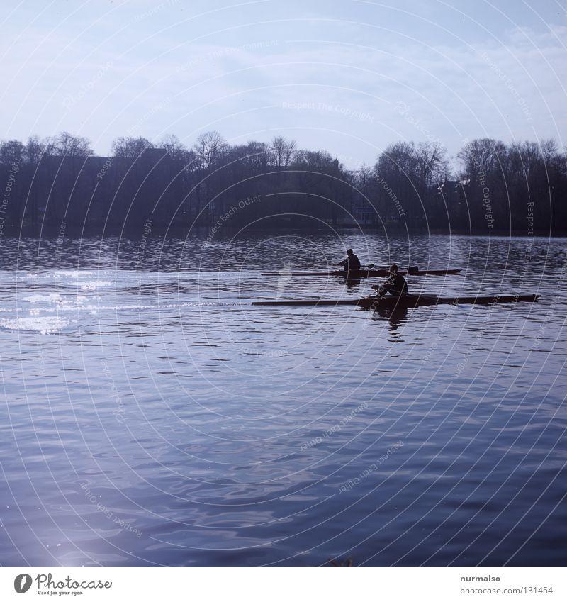 Pull, Pull, Pull Mann Wasser Sport Spielen Gefühle Küste Wasserfahrzeug glänzend elegant laufen Beginn Geschwindigkeit Insel Erfolg Spitze Ziel