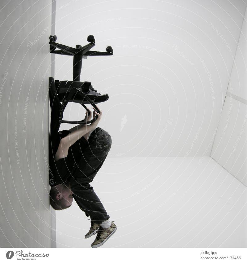 touch down Mensch Mann weiß Wand Haare & Frisuren Büro Lampe Beleuchtung Arbeit & Erwerbstätigkeit Raum außergewöhnlich sitzen warten Elektrizität Kabel Show