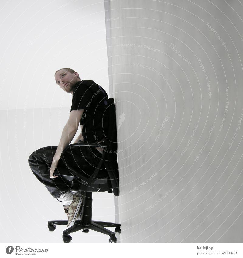 lift off Mensch Mann weiß Wand Haare & Frisuren Büro Lampe Beleuchtung Arbeit & Erwerbstätigkeit Raum außergewöhnlich sitzen warten Elektrizität Kabel Show