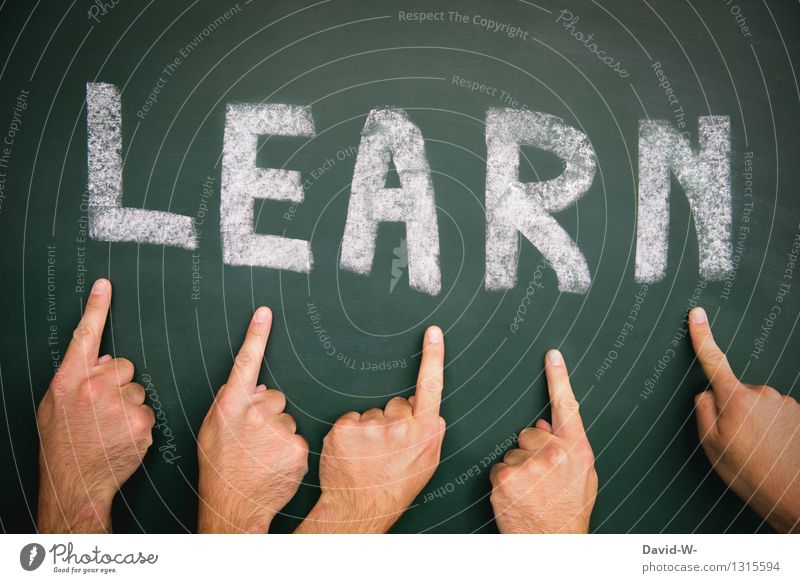Lernen Bildung Erwachsenenbildung Schule lernen Tafel Schüler Berufsausbildung Studium Karriere Erfolg Mensch maskulin Mann Kindheit Jugendliche Leben Finger