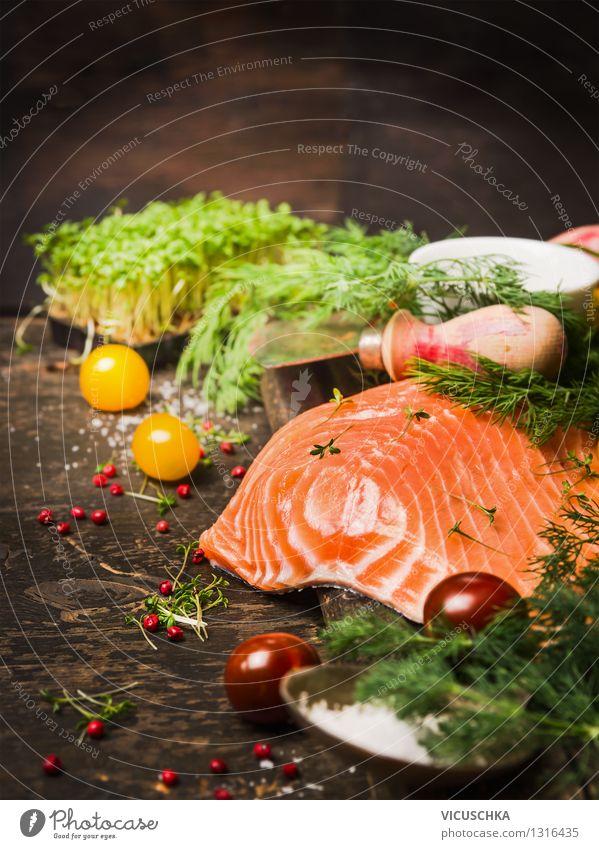 Fine Lachsfilet mit frischen Kräutern fürs Kochen Lebensmittel Fisch Gemüse Kräuter & Gewürze Öl Ernährung Abendessen Festessen Bioprodukte