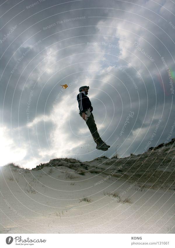 ° \ Himmel Natur Sommer Freude Strand Wolken gelb oben Sand springen Küste Kraft Wind hoch Sturm