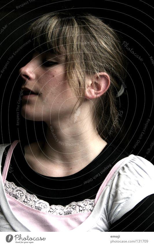 Püppchen Frau Jugendliche schön Gesicht schwarz dunkel Haare & Frisuren Haut Beautyfotografie Puppe Hals Stolz Pony Anmut Junge Frau 15