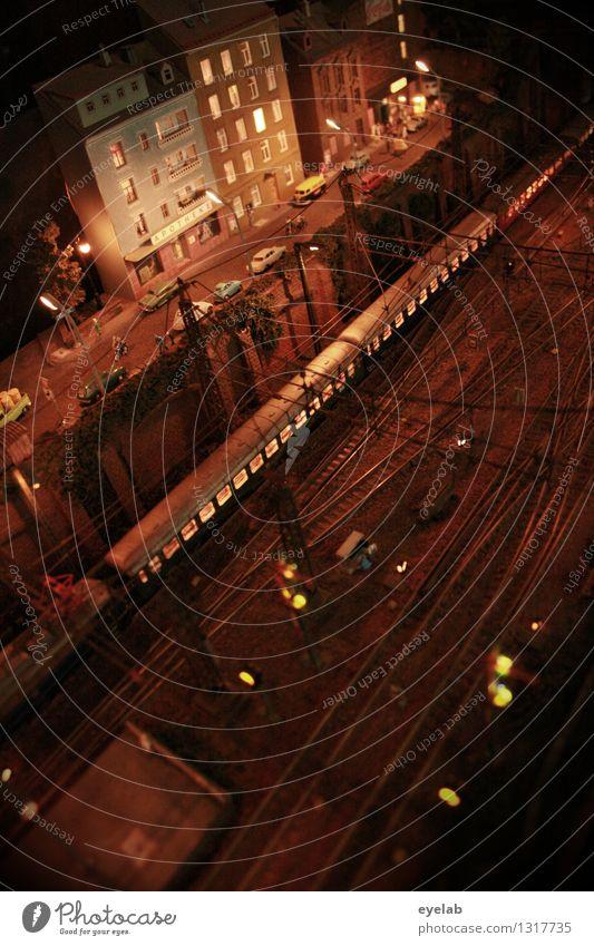 Die Gleissens Ferien & Urlaub & Reisen Stadt Haus Straße Gebäude Fassade PKW Verkehr Technik & Technologie Eisenbahn Güterverkehr & Logistik Gleise Stadtzentrum