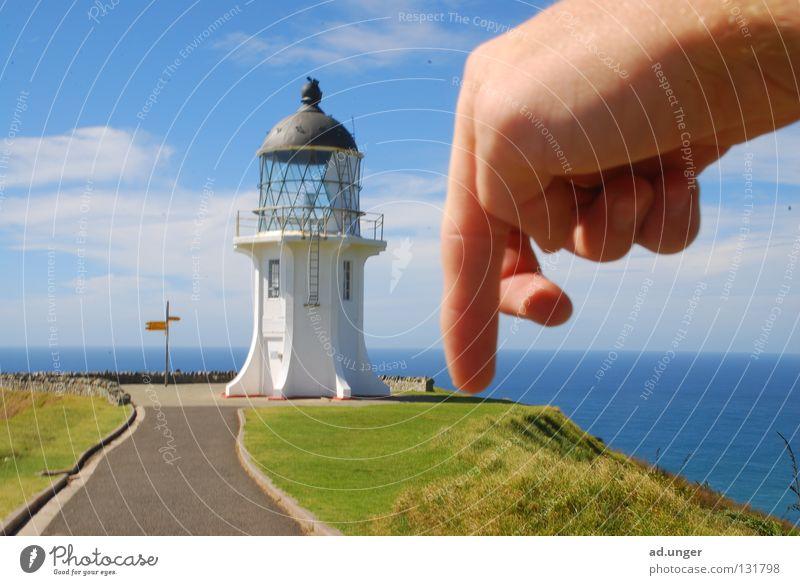 Schiebe D6! Umhang Neuseeland Küste Leuchturm Cape Reinga Tasman Sea Pacific Sea chess. C6