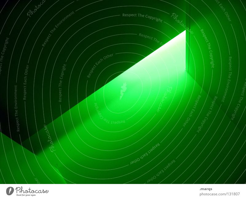 Erleuchtet grün Wand Linie hell Beleuchtung Angst Architektur Ecke Dinge Strahlung eng Geometrie Panik Gift Oberfläche blenden