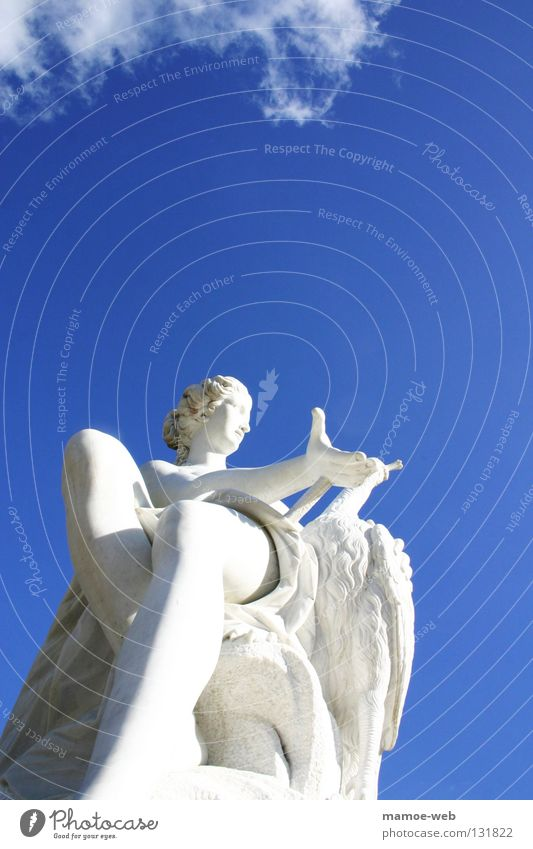 Statur im Park Sanssouci Wolken Statue weiß Schloss Sanssouci Mensch Himmel Kunst Kultur Garten blau