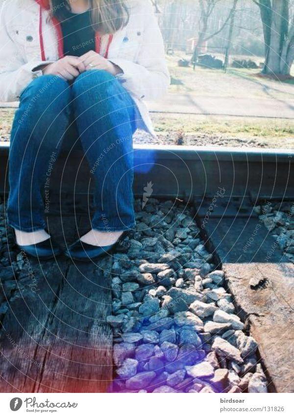 track 29 Winter Farbe Courtney chickens train Gleise light leak Morgen Filmindustrie tracks lightleaking morning Ballerina