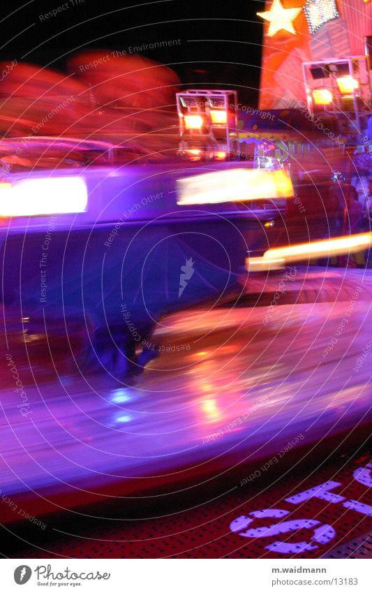 STop Jahrmarkt gefährlich Nacht Fahrgeschäfte Elektrisches Gerät Technik & Technologie Licht Bewegung bedrohlich Treppe