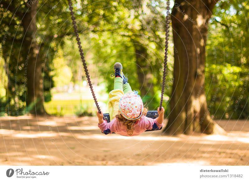Ich geh' lieber schaukeln! Mensch Kind Freude Mädchen Spielen Glück fliegen Zufriedenheit Kindheit Kleinkind Schaukel Spielplatz 1-3 Jahre