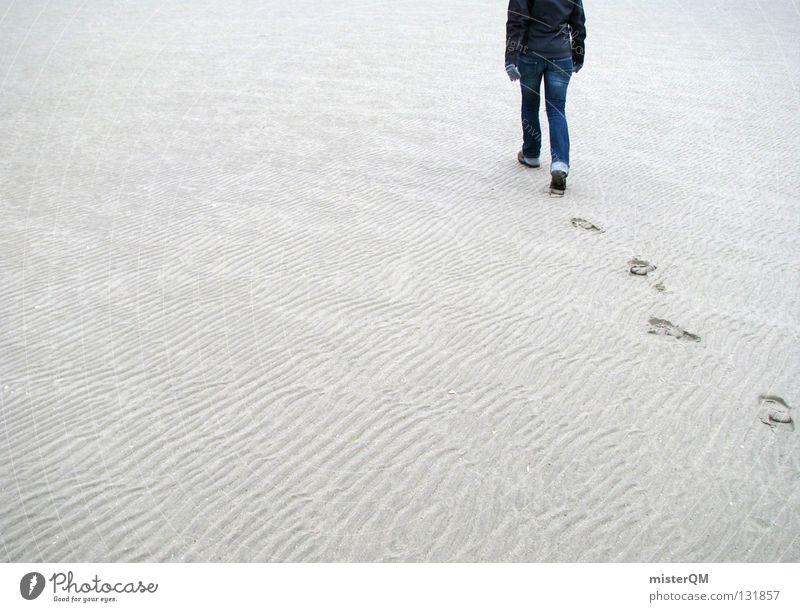 Moonwalk. - Into Infinite Space Mensch Himmel blau Strand ruhig Ferne Erholung kalt Freiheit Sand hell Zeit Raum gehen wandern Platz