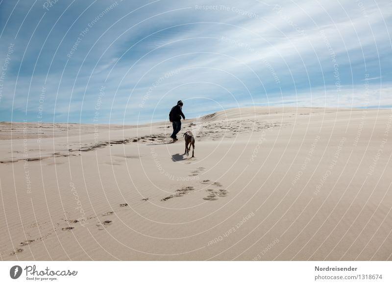 Gegen den Wind..... Ferien & Urlaub & Reisen Ausflug Abenteuer Ferne Freiheit Mensch maskulin Junger Mann Jugendliche 1 Natur Landschaft Urelemente Sand Himmel