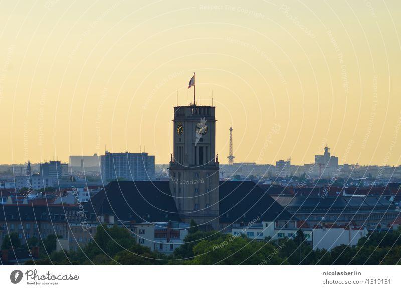 Ik bin ein Berliner Ferne Architektur Gebäude Tourismus leuchten Kraft Erfolg groß Schönes Wetter Macht historisch Unendlichkeit Wahrzeichen Wolkenloser Himmel
