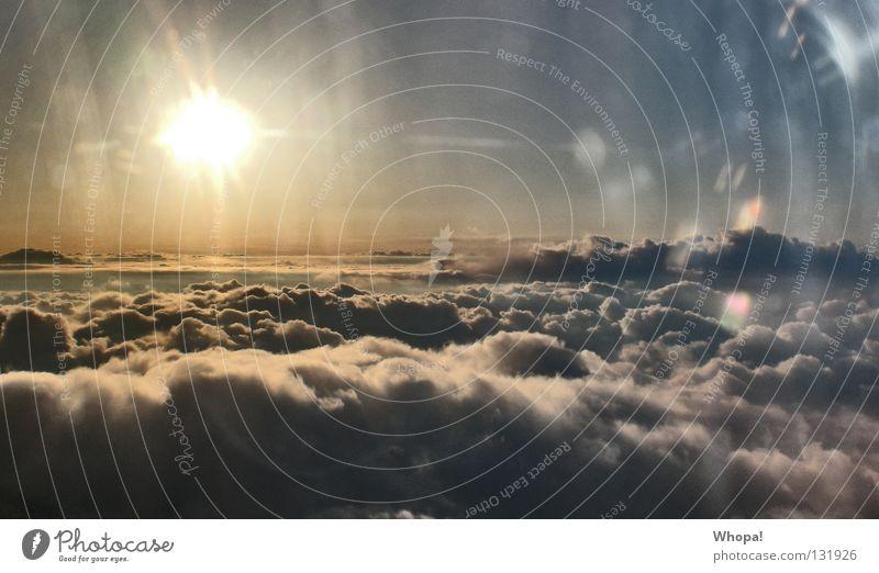 Wolkenbett Sonnenaufgang Unendlichkeit weich schön traumhaft Himmel Sunrise Natur frei Freiheit natürliche Schönheit fantastisch Hammer!