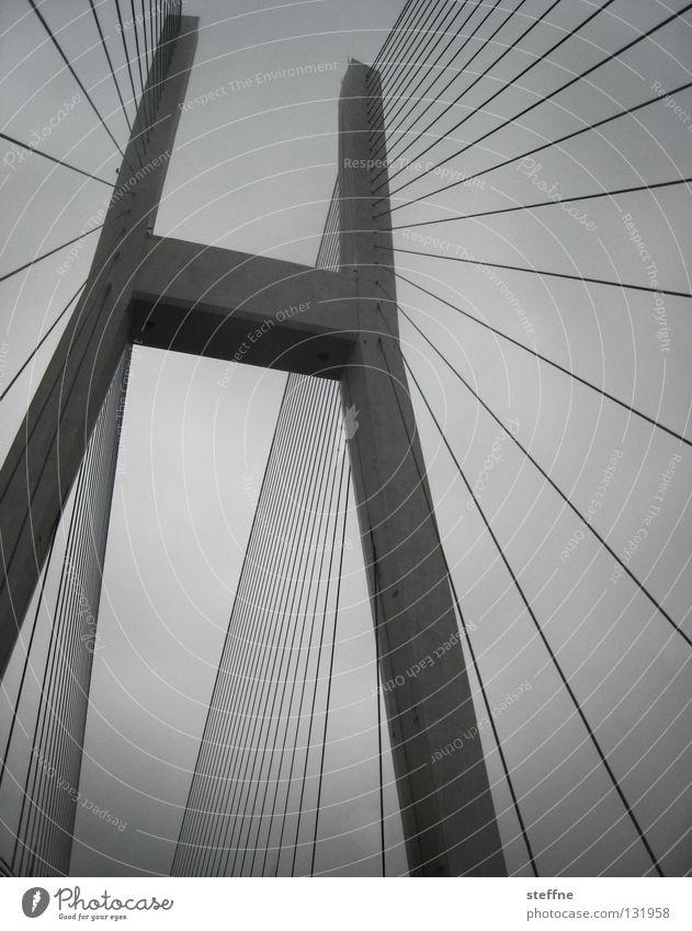KABELAGE Himmel weiß schwarz grau Linie Wasserfahrzeug groß Verkehr Brücke Kabel Macht Fluss Niveau China Schifffahrt San Francisco