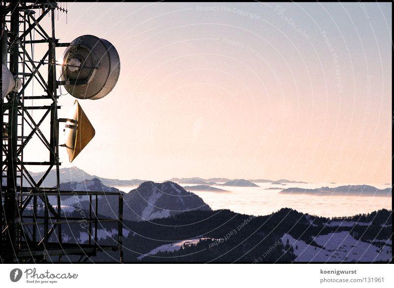 5000 Programme und nur Mist Himmel blau Winter Wolken Schnee Berge u. Gebirge Nebel rund Hügel Stahl Strommast Österreich Schalen & Schüsseln Antenne Dreieck