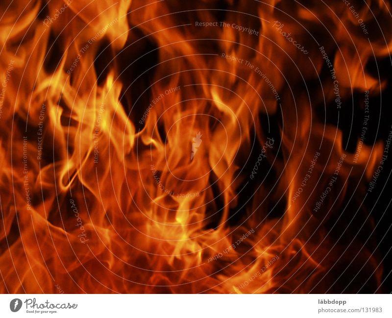 Feuer Brand heiß brennen Flamme Nachtfeuer