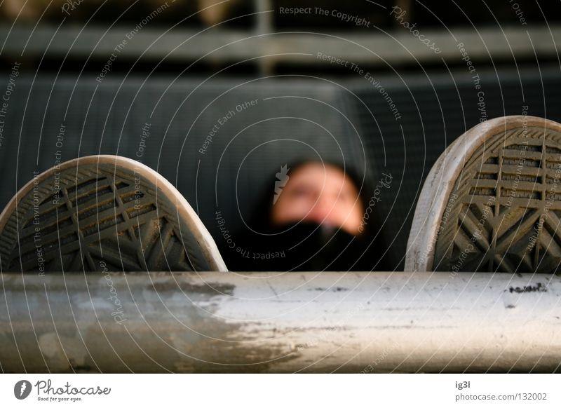 Metallchillplatz Freude ruhig dunkel kalt Erholung Glück Kraft Hintergrundbild schlafen Wachstum Frieden liegen Freizeit & Hobby Eisenrohr Langeweile