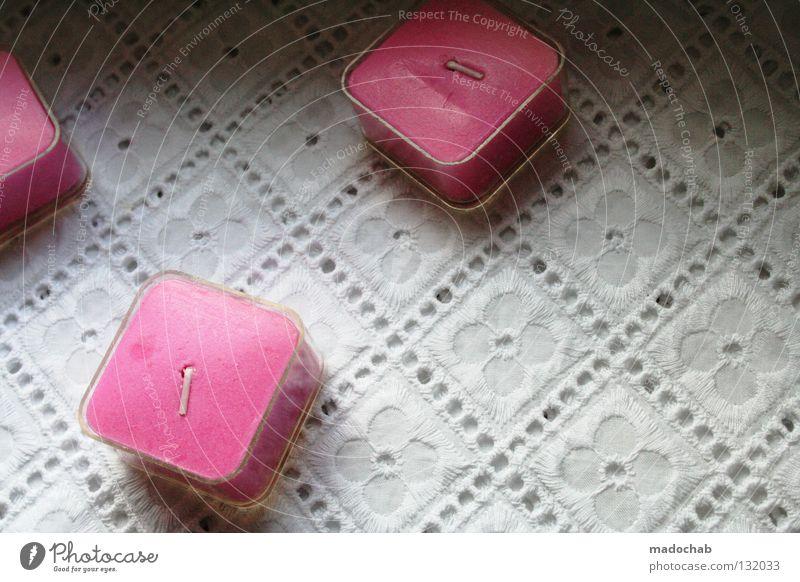 PINK CANDLES ON KITSCH schön Pflanze Blume Freude Farbe Innenarchitektur rosa 3 Tisch Häusliches Leben Dekoration & Verzierung Romantik Kerze Kitsch