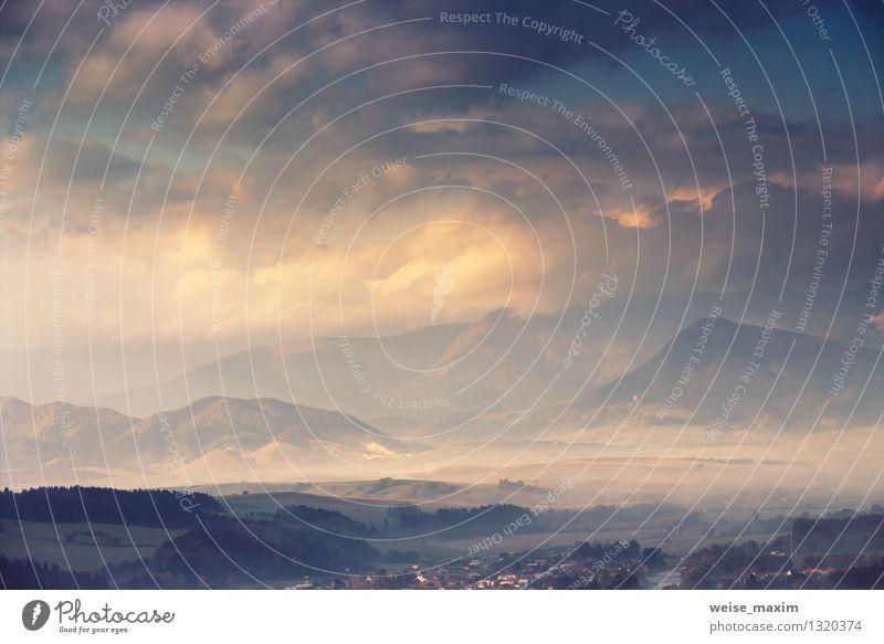 Eintauchen in die Slowakei Himmel Natur Pflanze blau schön Sonne Baum Landschaft Wolken Berge u. Gebirge gelb Herbst Wiese braun Felsen Wetter
