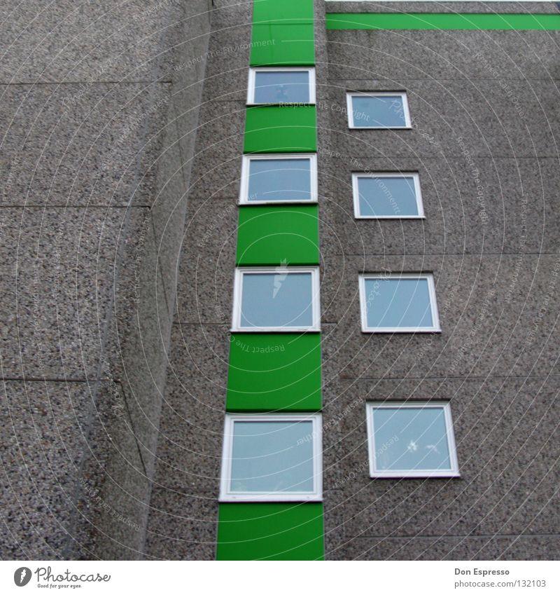 LINES II Haus grün Fenster Fassade Mauer grau Fensterscheibe Hochhaus Stadt Plattenbau Bremerhaven Ghetto Etage trist Arbeitslosigkeit Detailaufnahme Linie