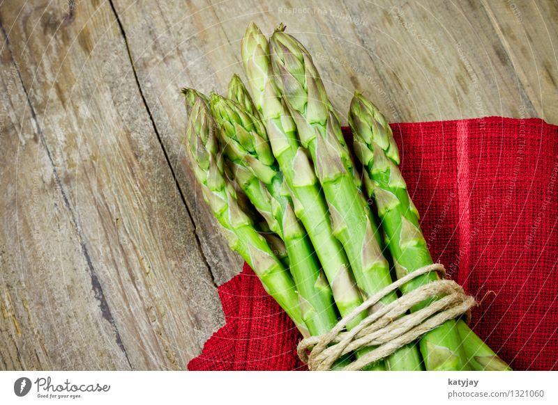 grüner Spargel grün Gesunde Ernährung Speise Essen Foodfotografie Gesundheit Holz frisch Ernährung Kochen & Garen & Backen Küche Gemüse Bioprodukte Holzbrett Markt Biologische Landwirtschaft