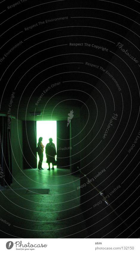grün 03 Natur Sonne Meer ruhig dunkel Menschengruppe träumen See Angst Trauer gefährlich nah Boden bedrohlich tauchen