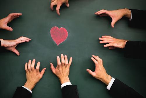 jeder will es! Valentinstag Mensch maskulin Frau Erwachsene Mann Leben Hand Menschenmenge beobachten Liebe Sex Erotik Zusammensein Gefühle Frühlingsgefühle
