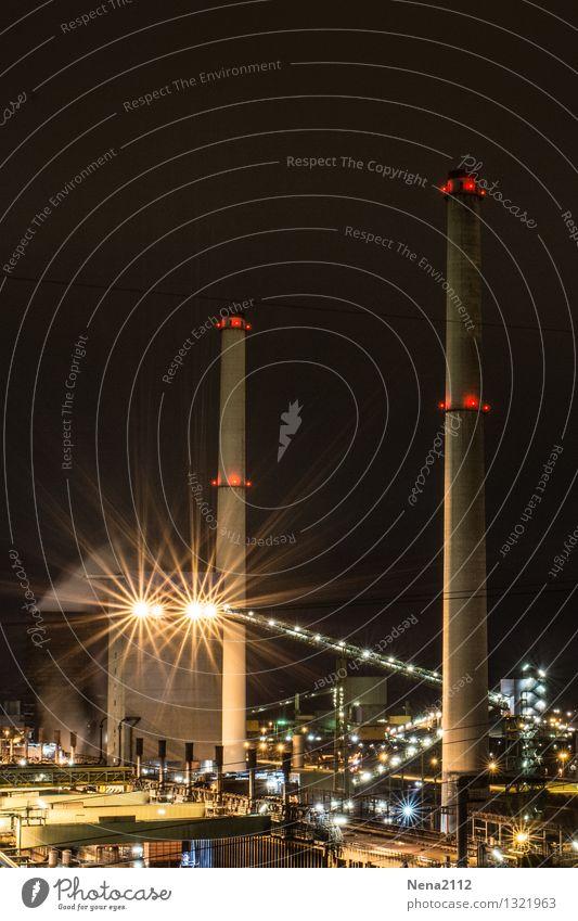 Nachtschicht II Technik & Technologie Energiewirtschaft Energiekrise Industrie Industriefotografie Umwelt Luft Arbeit & Erwerbstätigkeit dunkel Schutz Ofenrohr