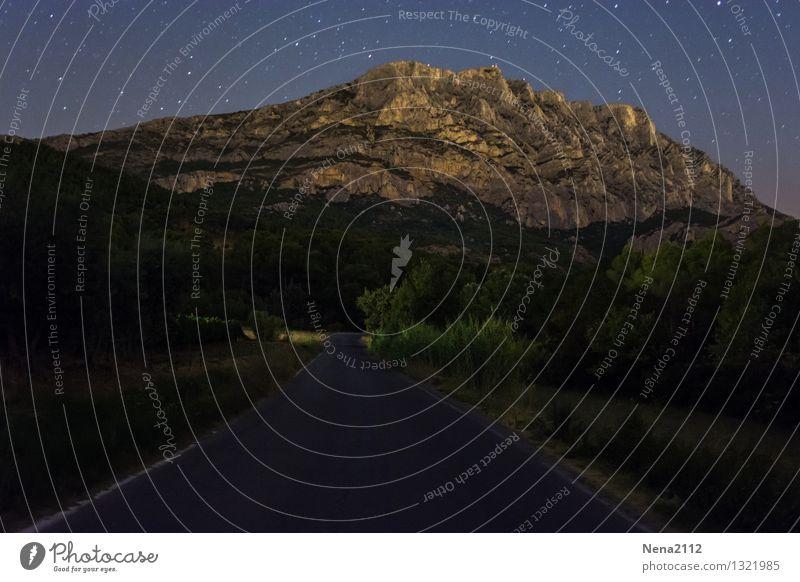 Sainte Victoire by night IV Umwelt Natur Landschaft Urelemente Erde Luft Himmel Wolkenloser Himmel Nachthimmel Stern Klima Schönes Wetter Berge u. Gebirge