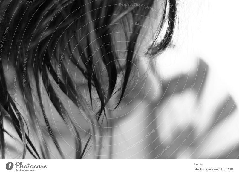Aspiration Frau Natur weiß schön schwarz Gesicht dunkel kalt Haare & Frisuren Traurigkeit Stil hell glänzend Haut Mund nass
