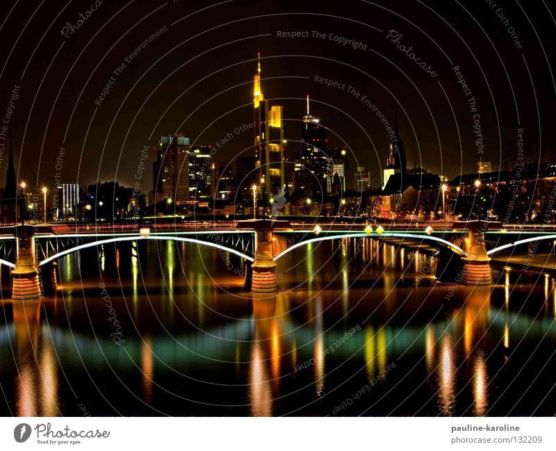 Frankfurter Lichterspiel Frankfurt am Main Nacht dunkel Skyline Brücke Beleuchtung Fluss Reflexion & Spiegelung