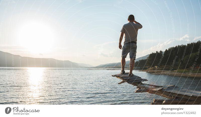 Junger Erwachsener vor Bergverdammung Lifestyle Glück schön Erholung Freizeit & Hobby Ferien & Urlaub & Reisen Tourismus Abenteuer Camping Sommer