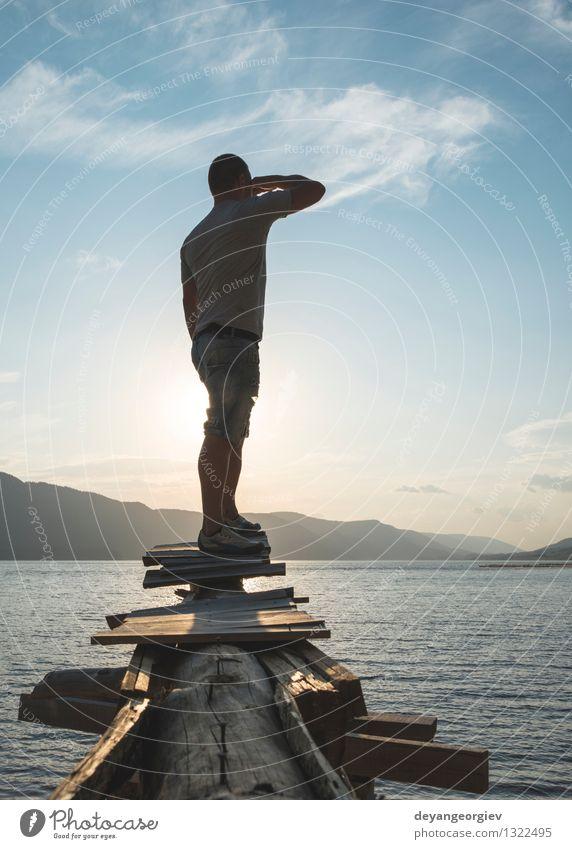 Mensch Himmel Natur Ferien & Urlaub & Reisen Mann schön Sommer Erholung Landschaft Wald Erwachsene Berge u. Gebirge Sport Glück Lifestyle See