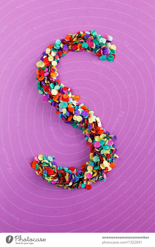 S Kunst ästhetisch Buchstaben Punkt viele violett Typographie Kunstwerk Konfetti Mosaik gebastelt alphabetisch