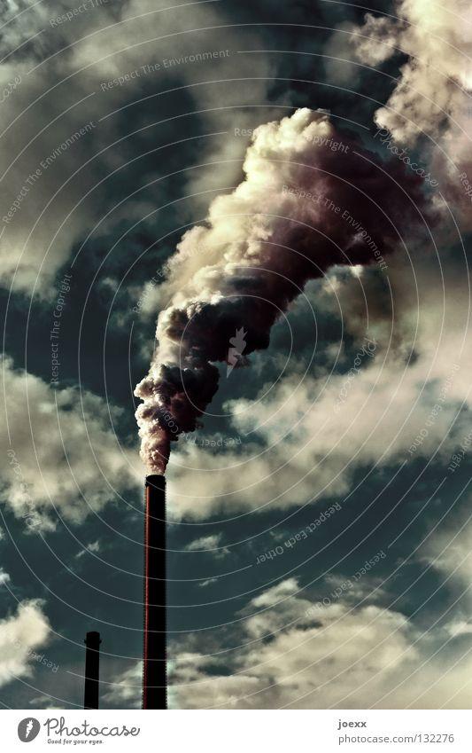 Auspuffanlage III Himmel Natur grün Umwelt gelb Stimmung Klima Industrie Rauch Fabrik Umweltschutz Abgas Schornstein Kunstwerk Umweltverschmutzung Gewerbe