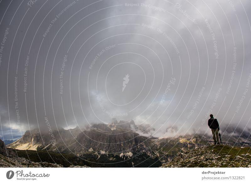 Da lohnt sich der Regenschirm Ferien & Urlaub & Reisen Tourismus Ausflug Abenteuer Ferne Freiheit Berge u. Gebirge wandern Umwelt Natur Landschaft Pflanze