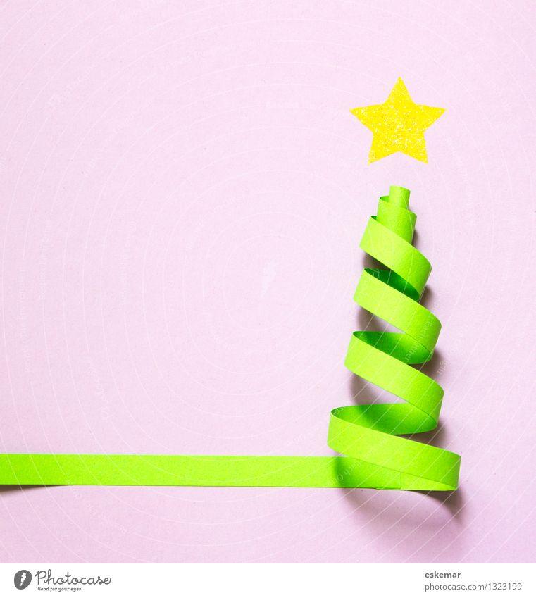 Weihnachten! Basteln Weihnachten & Advent Papier Weihnachtsbaum grün Karte Postkarte selbstgemacht Stern Quilling Farbfoto Innenaufnahme Menschenleer