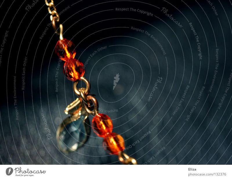 rot blau rot Schmuck Diamant Mineralien Kostbarkeit teuer Glamour glänzend Erbe Armband schick braun Elster schön Juwelier Edelstein vergilbt Accessoire