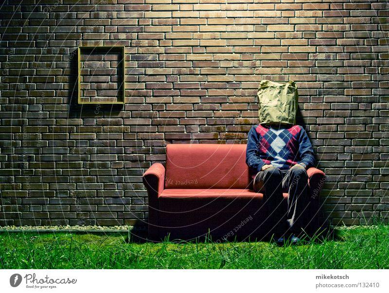 deutschland.heute Wiese Mauer Lampe sitzen Rauschmittel Backstein Sofa Rahmen Pullover kariert Tüte Schwäche Bilderrahmen