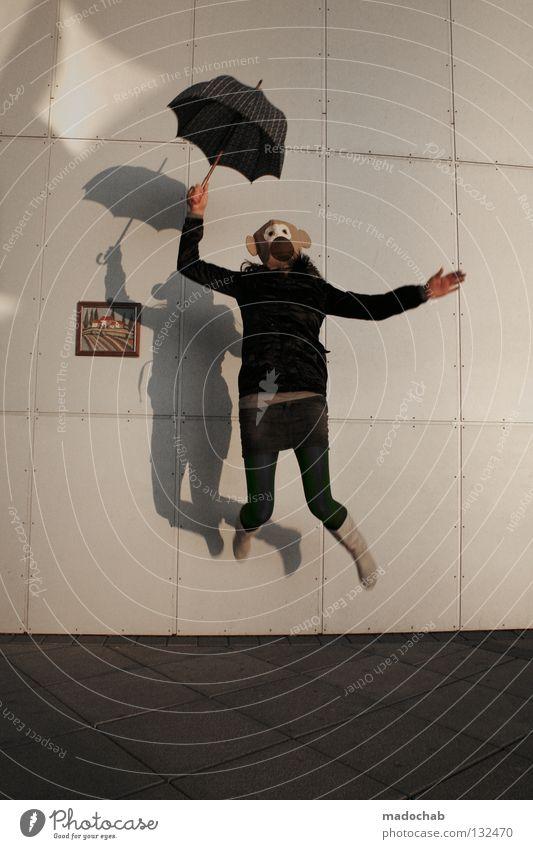 HERZLICH WILLKOMMEN Mensch Frau Jugendliche Freude Einsamkeit feminin Wand Leben Bewegung Freiheit Glück springen lustig träumen Zufriedenheit fliegen